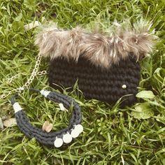 Bolso de mano #clutch #plumas trapillo conjunto collar #necklace #romano