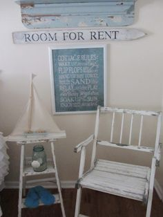 "sweet ""beachy"" vignette at Junk Chic Cottage"
