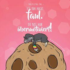 Happy Faulpelz-Tag!!! Cute Baby Sloths, Cute Sloth, Animal Nursery, Nursery Art, Sloth Sleeping, Sloth Tattoo, Crochet Sloth, Pony Bead Patterns, Unicorns And Mermaids