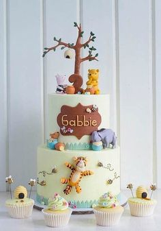 Cake Wrecks - Home - Sunday Sweets Goes Looking For Pooh - made by TRP Cake Studio