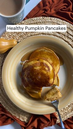 Breakfast Items, Sweet Breakfast, Breakfast Dishes, Vegetarian Breakfast, Healthy Breakfast Recipes, Pancake Recipes, Pumpkin Pancakes, Pancakes And Waffles, Fall Recipes