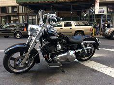 Harley FLD Switchback