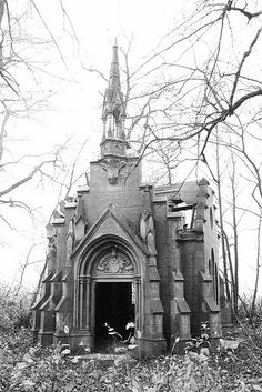 Abandoned family chapel in Traupel, Poland.