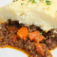 This shepards pie recipe is a perfect meal for those days when you need to have something ready for all those active family members that are on the run and are not necessarily eating at exactly the same time. . Shepards Pie Recipe from Grandmothers Kitchen.
