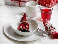 Tee joulukattaus skandinaaviseen tyyliin tai käytä värikkäitä joulukoristeita. Uusia ideoita juhlapöydän kattamiseen saat tästä.