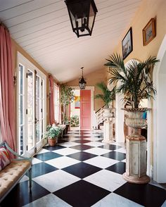 Brilliant and joyful entryway in a tropical home by Ruthie Sommers. Bright colors, potted palms, mixing formal elements and textural surfaces all contribute to the feeling of sunny elegance. Floor Design, House Design, White Laundry Rooms, Checkerboard Floor, Checkered Floors, Black And White Tiles, Black And White Flooring, Black White, Large Black