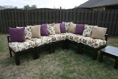 2X4 Furniture You Can Build | posted by Thrifty Inspirations