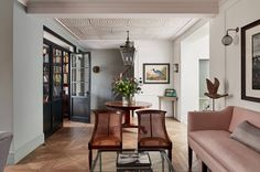 West London house designed by Nicholas Spencer and Sophie Wedekind   House & Garden Ceiling Paper, Painted Wood Walls, Oak Panels, London House, West London, Country Furniture, Home And Family, House Design, Interior Design