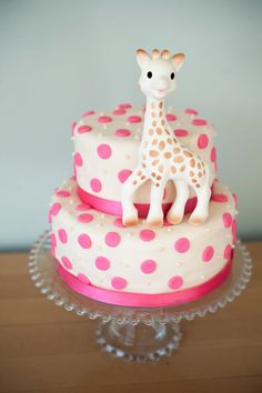 Sophie The Giraffe Baby Shower Cake .... PERFECT baby shower cake for me. I absolutely love giraffes.