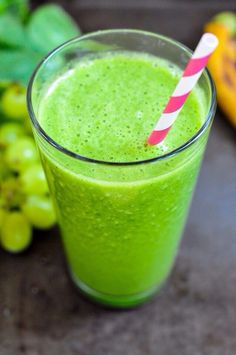 Kid Friendly (so you know it must be good) Spinach Smoothie 1/2 cup ...