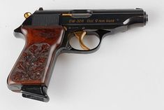 Walther Pp, Survival Equipment, Revolvers, Old West, Rifles, Firearms, Hand Guns, Old Things, Classic