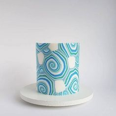 Cake Decorating With Fondant, Creative Cake Decorating, Cake Decorating Videos, Cake Decorating Techniques, Beautiful Birthday Cakes, Beautiful Cakes, Cake Icing, Fondant Cakes, Brush Embroidery Cake