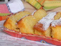 torta al latte senza uova e senza sbattitore, una torta soffice e golosa facilissima da fare, serve un cucchiaio per impasto. Torta soffice senza uova
