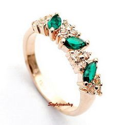 Rose Gold Plated Green Emerald Birthstone Ring Made With Swarovski Crystal R198
