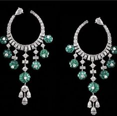 Visit in ! Jewelry Show, High Jewelry, Luxury Jewelry, Jewelry Design, Jewellery, Sapphire Jewelry, Diamond Jewelry, Diamond Earrings, Girls Earrings