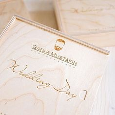 Короба для флешки и фото 10х15 #коробдляфото #woodbox #korabook Photographer Packaging, Usb Packaging, Usb Box, Wedding Day, Packing, Pi Day Wedding, Bag Packaging, Marriage Anniversary, Wedding Anniversary