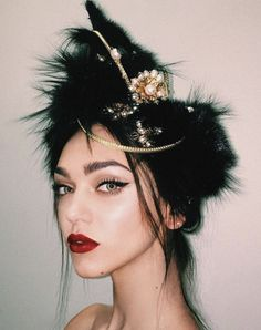 Dolce & Gabbana Haute Couture Makeup by the DIVINE Pat McGrath. Alta Moda