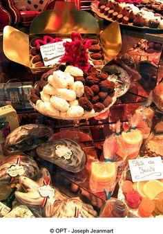 Découvrez le chocolat belge !  http://www.belgique-tourisme.be/contenus/visiter_les_chocolatiers_de_bruxelles__capitale_du_chocolat_belge/fr/4828.html