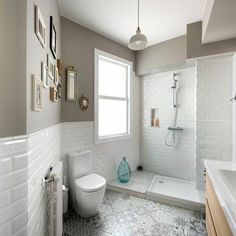 White and Gray Neutral Bathroom – Ever Wanted to See How Interior Designers Style Their Homes? Budget Bathroom, Bathroom Renovations, Bathroom Interior, Modern Bathroom, Neutral Bathroom, Small Bathrooms, Cottage Renovation, Home Renovation, Small Toilet