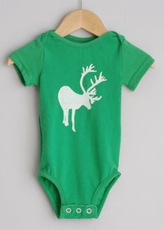 Le chouchou de ma boutique https://www.etsy.com/ca/listing/254361008/green-short-sleeve-reindeer-upcycled