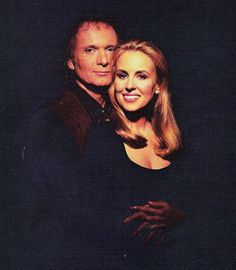 Anthony Geary and Genie Francis (Soap Opera Update, jennifer Webster board for GH Best Love Stories, Love Story, Favorite Tv Shows, Favorite Things, Genie Francis, Luke And Laura, Soap Opera Stars, Head Shots, General Hospital