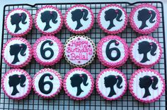 Barbie Silhouette and Number decorated cookies por peapodscookies