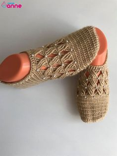 Crochet Baby Clothes, Crochet Shoes, Crochet Slippers, Knit Crochet, Viking Tattoo Design, Viking Tattoos, Easy Knitting, Knitting Patterns, Easy Cross