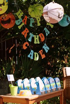 LOVE these fun monster lanterns at this Scoob Doo party!