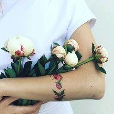 Arm band tattoo by Pis Saro. PisSaro floral placement flower ladies women ideas gorgeous