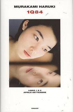 I primi due libri dell'opera dello scrittore giapponese Murakami Haruki