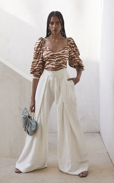 Get inspired and discover Cult Gaia trunkshow! Shop the latest Cult Gaia collection at Moda Operandi. Crepe Top, Silk Crepe, Resort Wear For Women, Black Models, Fashion Addict, Latest Fashion Trends, Stylish Outfits, Pants For Women, Fashion Looks