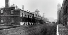 Richmond Barracks Offers Historical Tours And Talks, Alongside Community Events And Cultural Programmes In The Heart Of Inchicore. Ireland 1916, Dublin Ireland, Old Pictures, Old Photos, Vintage Photos, Interactive Exhibition, Photo Engraving, Old Photography, Defence Force