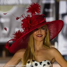 One of the kind large off center hat Beautiful red extra large wide odd center brim hat couture classical hat for Kentucky Derby Outfit, Derby Attire, Kentucky Derby Fashion, Derby Outfits, Royal Ascot Hats, Red Hat Society, Church Hats, Fancy Hats, Estilo Retro
