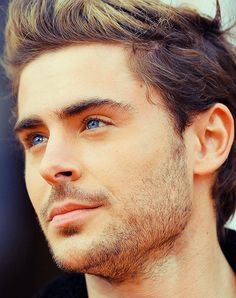 #zac efron His eyes are amazing!