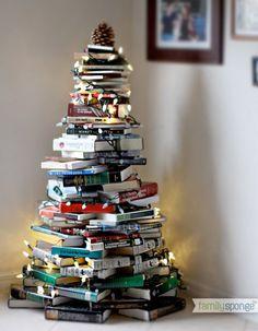 Un sapin-bouquins - Noël express : 40 idées de dernière minute - Elle