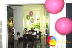 Decoração Peppa com balões de 3 pés pink para fazer uma entrada triunfal.  Créditos: Balão Cultura www.boxbalao,com Peppa Pig, Girls, Ideas Para Fiestas, Culture, Entryway, Toddler Girls, Daughters, Maids