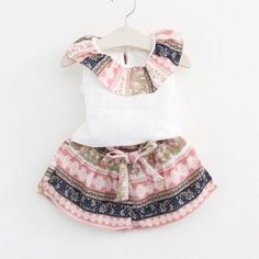 Ethnic Floral Ruffled Sleeveless Tee and Shorts Set for Baby Girl/Girl
