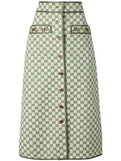 The Gucci collection is the pinnacle of Italian craftsmanship and attention to detail as seen in this A-line skirt. Crafted from a beige cotton blend, it features a high waist, a front button fastening, an all-over GG print and dark green leather trims. World Of Fashion, Fashion Brands, Gucci Suit, Green Leather, Printed Skirts, A Line Skirts, Cool Outfits, Winter Fashion, Women Wear
