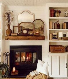 31 Awesome Cozy Living Room Decoration Ideas With Fireplace - Eclectic Home Decor Living Room Decor Cozy, Living Room Sets, Cozy Room, Salons Cosy, Farmhouse Fireplace, Cottage Fireplace, Farmhouse Style, American Farmhouse, Modern Farmhouse