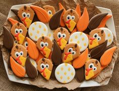 Turkey Cookie Platter. Tutorial on the turkey head which is made from a nice cream cone cookie cutter.