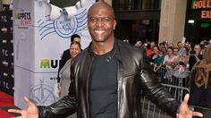 ET's Kevin Frazier sat down with 'Brooklyn Nine-Nine' star and former NFL pro Terry Crews to get his reaction to the Ray Rice video.