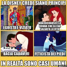 Non ha tutti i torti 😅😂 Funny Chat, Wtf Funny, Funny Jokes, Funny Photos, Funny Images, Funny Princess, Italian Memes, Disney Theory, Arte Disney