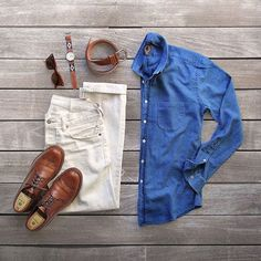 """Um dos meus perfis preferidos no Instagram é de Phil """"thepacman82"""" Cohen, um diretor de arte americano louco por moda. O forte da conta são os combos que ele monta. Phil dá uma verdadeira aula de como combinar roupas e acessórios. É uma referência incrível para homens que querem se vestir melhor. Selecionei alguns dos meus looks preferidos …"""