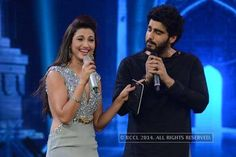 India's Raw Star Finale; Gauahar slapped http://toi.in/lfTgvb