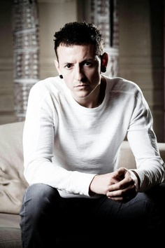 Chester Bennington (Linkin Park) - 20Mar 1976 - 20Jul 2017 (died at the age of 41)
