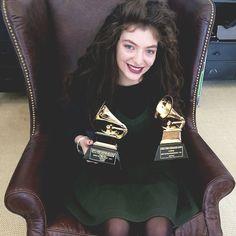 LORDE 2 x Grammys