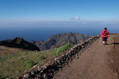 Well laid paths take you high above the island #LaGomera
