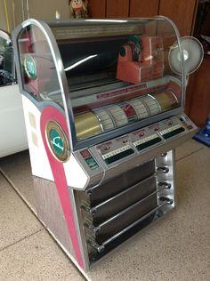 1955 Seeburg V-200 jukebox