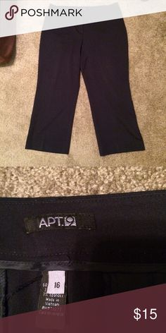 🎄Apt. 9 Navy Blue Dress Pants Only worn a few times in excellent condition. Navy blue dress pants perfect length on my 5'3 frame. Apt. 9 Pants Trousers