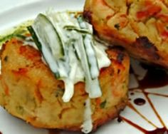 RECIPES::Irish Food::Irish potato cakes potatoes, peeled and cut into cubes garlic clove, finely chopped 2 tablespoons of spring onions, finely sliced pint) sour cream 1 teaspoon of mustard Salt and freshly ground black pepper Potato Dishes, Food Dishes, Potato Soup, Baked Potato, Side Dishes, Great Recipes, Favorite Recipes, Irish Potatoes, Food Porn